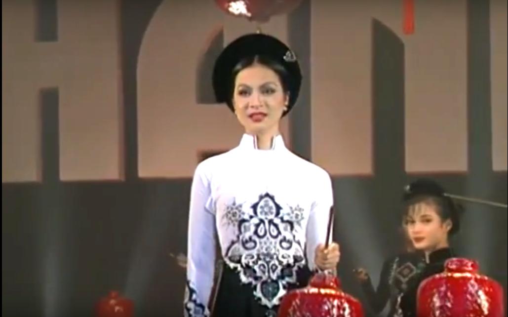 Duyên Dáng Việt Nam 5 | Bộ Sưu Tập Áo Dài 'Đêm Hoa Đăng' - Nhà thiết kế Sỹ Hoàng